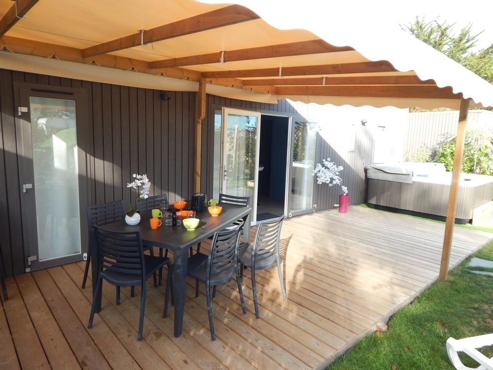 Location cottage avec jacuzzi au croisic en bretagne for Camping au croisic avec piscine