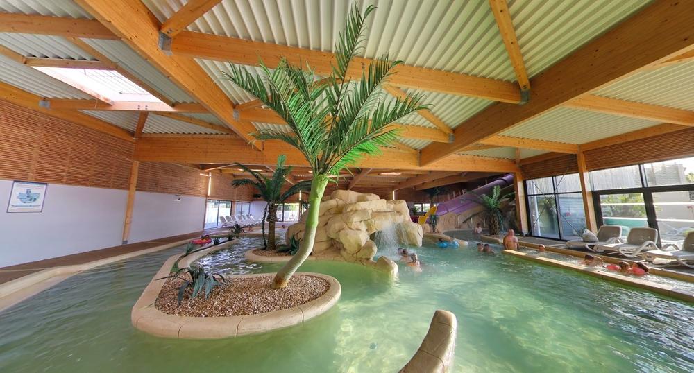 Camping avec piscine et espace aquatique le croisic 44 for Camping avec piscine couverte et toboggan